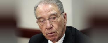 Sentencing reform bill advances in Senate